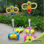 Four_Wheels_Minion_Cartoon_Kids_Scooter_Light_Music
