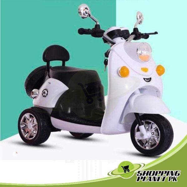 Battery-Operated-Vespa-Moto