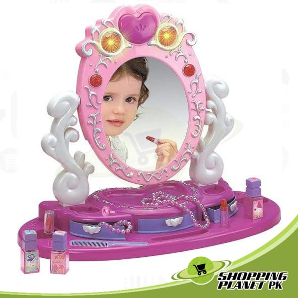 Dresser and Mirror Beauty Sets