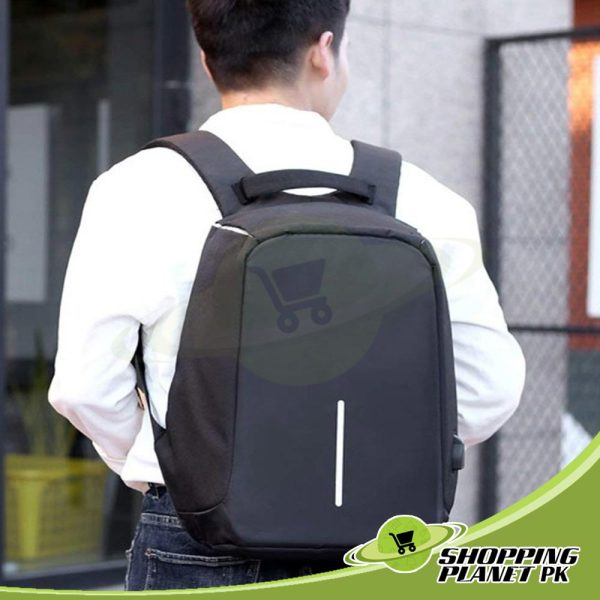 New Anti Theft BackPack In Pakistan1