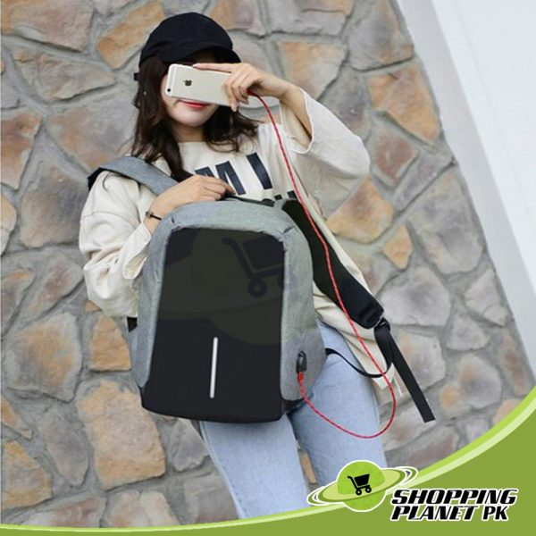 New Anti Theft BackPack In Pakistan3
