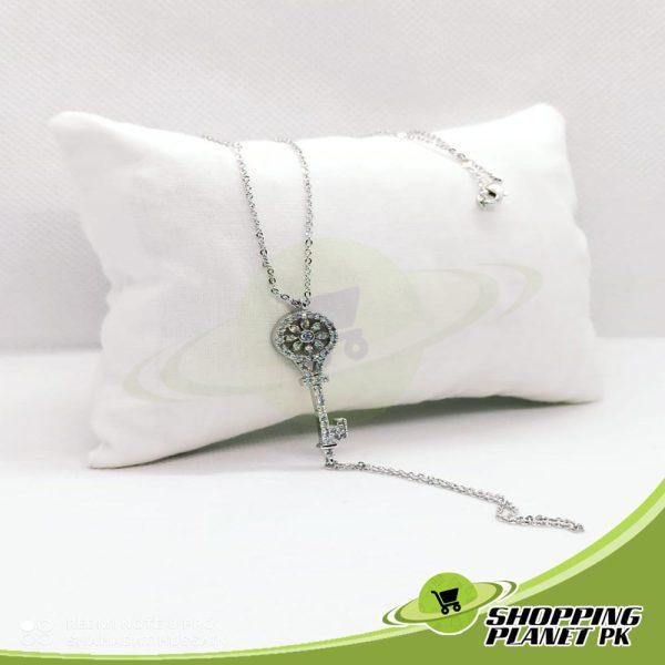 Elegant Locket Chain2