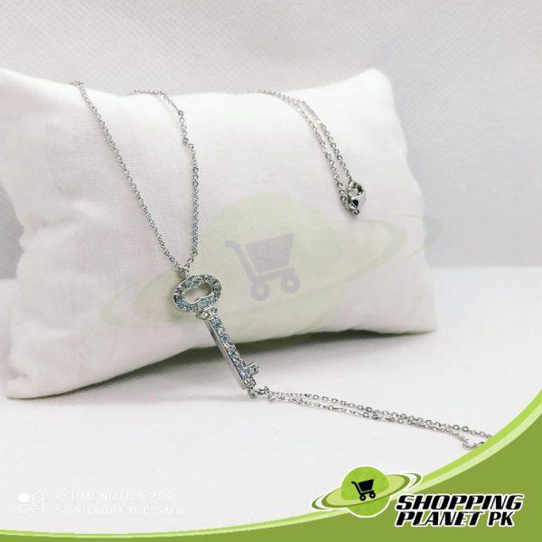 Elegant Locket Chain6